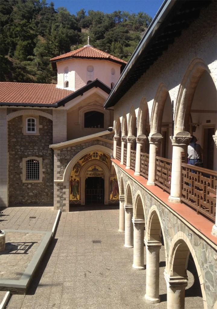 Кикоский монастырь