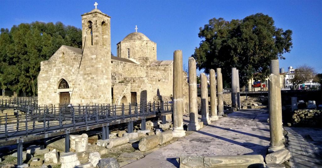 Старая церковь и бани в Пафос